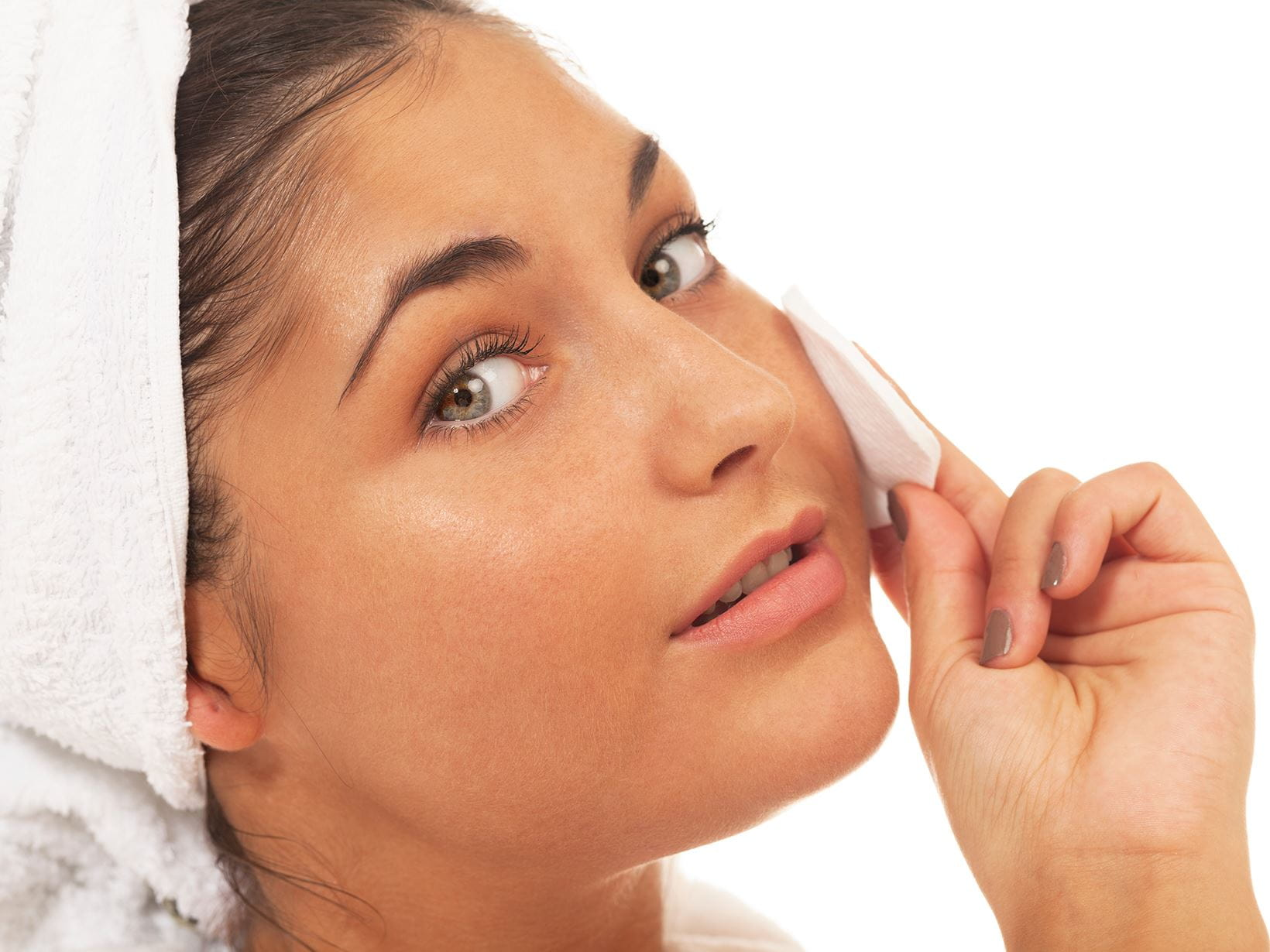 lady using cotton paid for double cleansing