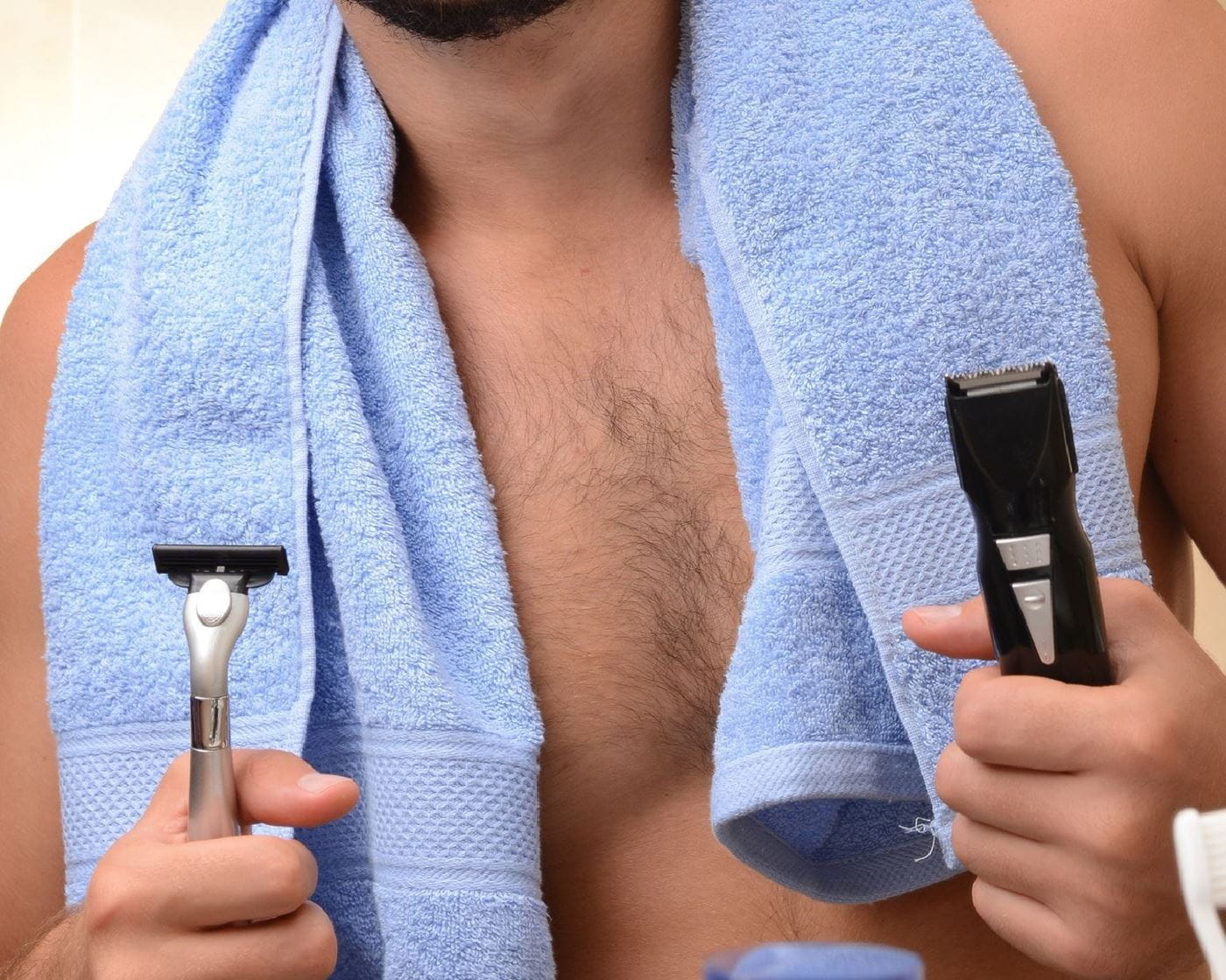 Shaving the male intimate area