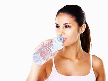 Reducing Neck Wrinkles By Staying Hydrated