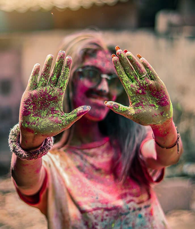 Keeping Your Skin Safe & Healthy Before Holi